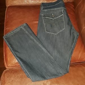 Levi 514 With Back Flap Pockets